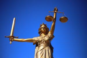 Justicia estatua